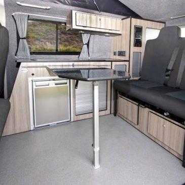 4093-vw_t6_volkswagen_transporter_camper-van_swb_ravenna_blue_stock_804